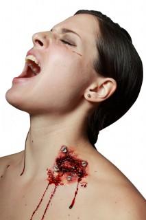 Fasche Wunde mit Nägel