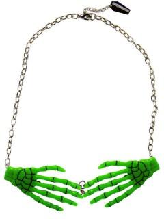Kreepsville Halskette mit Skeletthänden grün