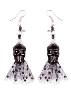 Halloween-Ohrringe mit Schädel und Spitze Gothic schwarz 6,5x5x1cm