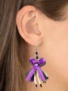 Halloween-Ohrringe mit Schleife Skull und Skeletthänden weiss-lila 6,5x5x1cm