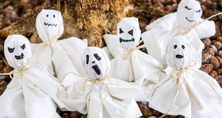 DIY-Bastelanleitung: Geister-Lollis für Halloween