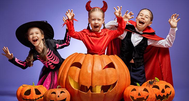 Was bedeutet spoopy? Die Herkunft des süßen Halloween-Wortes