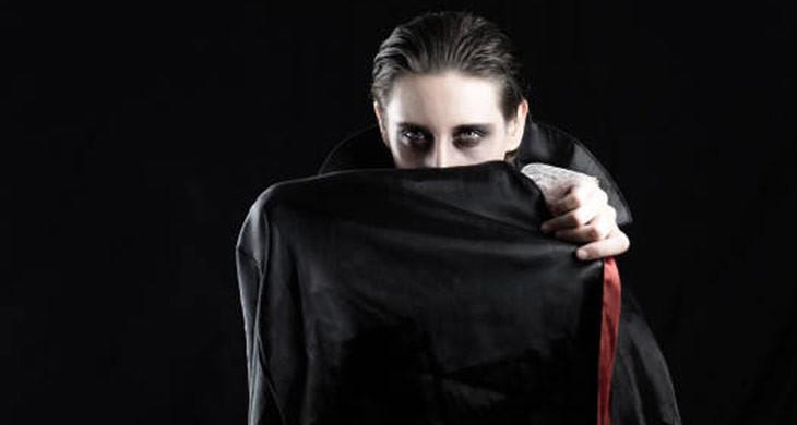 Dracula: Herkunft, Hintergründe und Kostüm